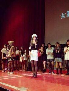 平手友梨奈の兄の同志社大学で女装した姿