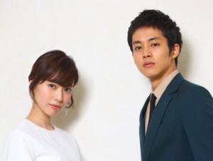 電撃結婚を発表した戸田恵梨香と松坂桃李の馴れ初めがわかる画像
