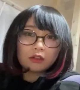 パーマ大佐の姉の國土佳音
