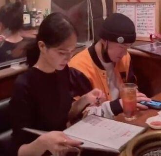 山賀琴子と浦川翔平