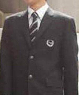 佐野雄大の高校の制服