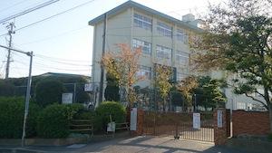 福岡市立青葉小学校