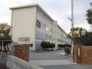 福岡市立多々良中央中学校