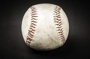 野球の白い球